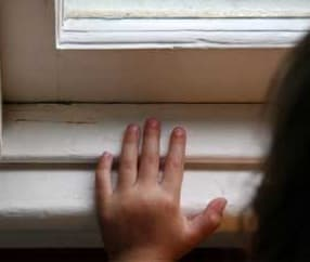 childproof windows